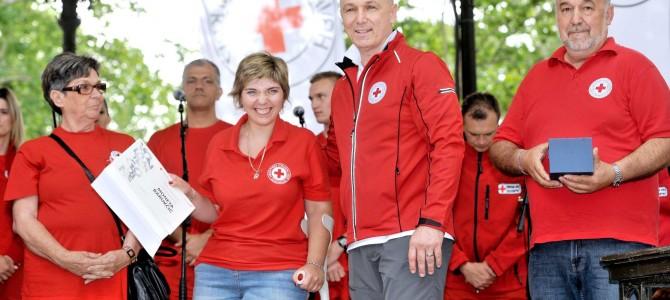 Svečanim mimohodom i velikom Smotrom proslavljen 140. rođendan Hrvatskog Crvenog križa